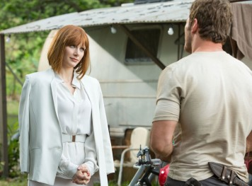 "Bryce Dallas Howard y Chris Pratt en ""Jurassic World""."